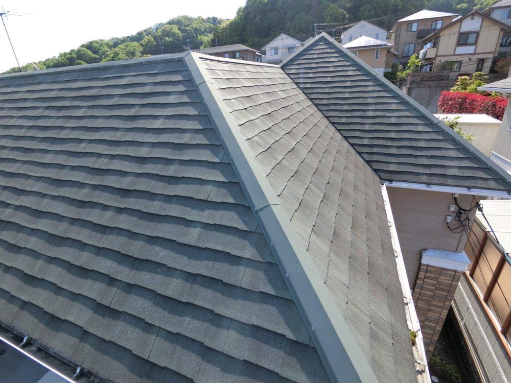 屋根塗装前です。