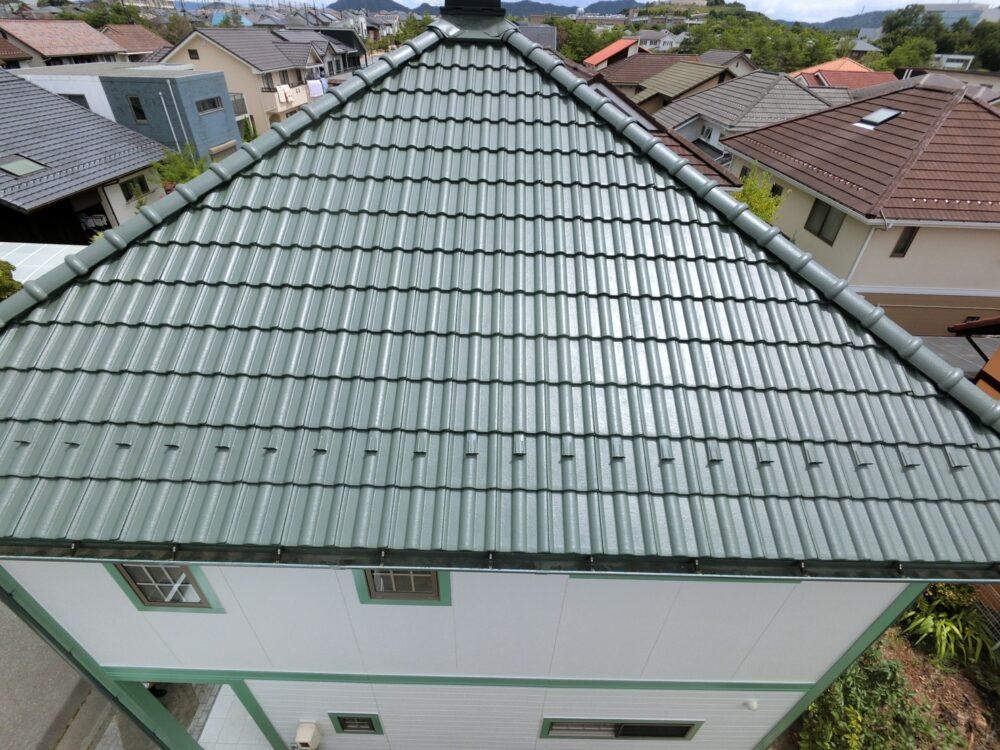 屋根塗装後ピカピカとなりました